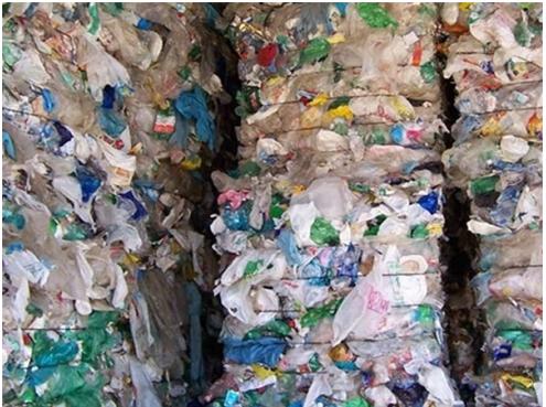 commercio-rifiuti-plastici